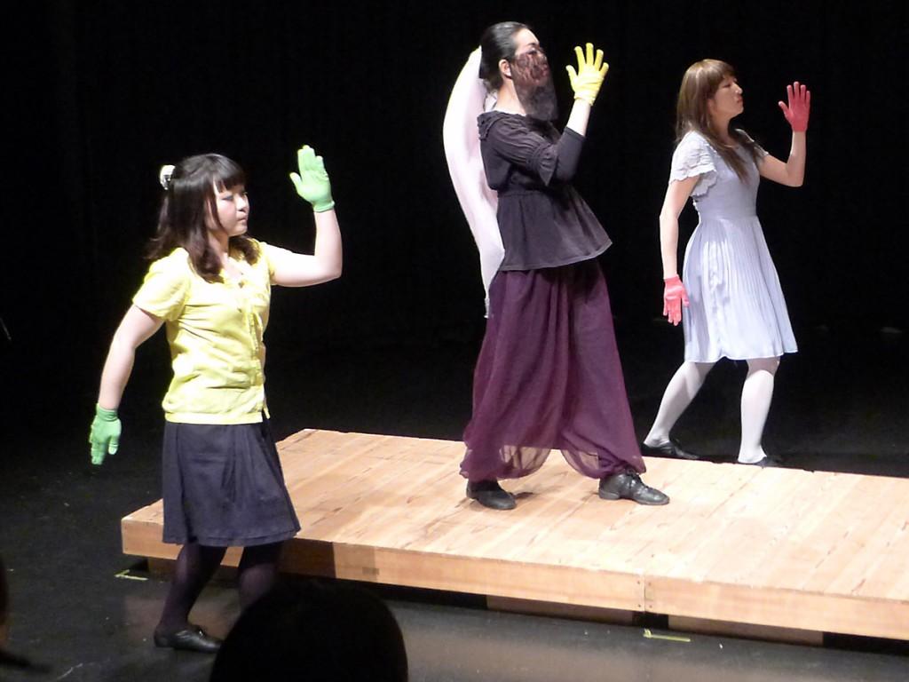 横浜アンプラグド ヨコハル・ラジオ 1603kHz ロボットダンス